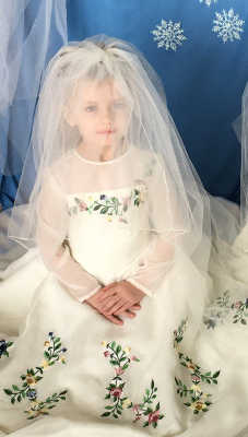 Cinderella wedding gown from the 2015 movie. Also available in adult size, contact seller.